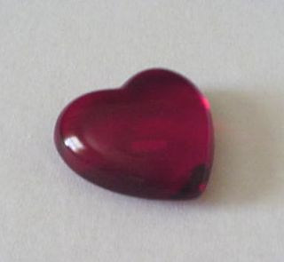 Redheartpaperweight